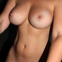 Medium tits of my girlfriend - Eivii