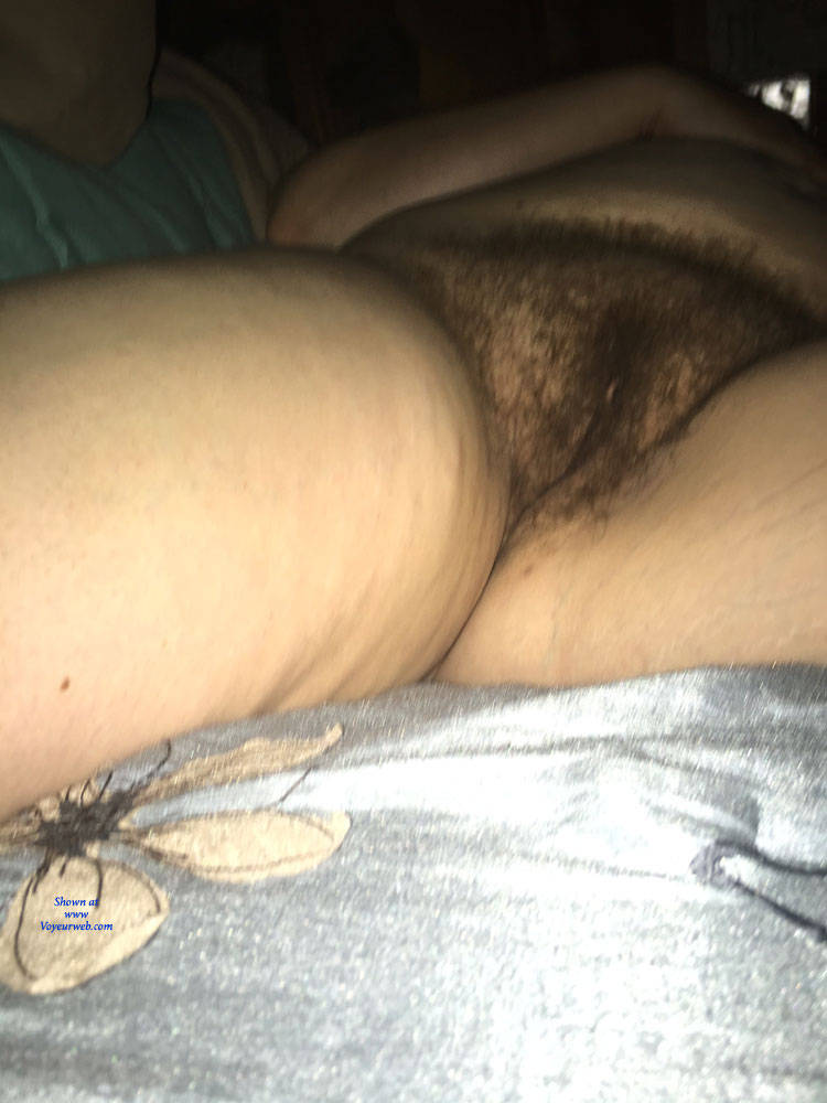Pic #1 Close Up - Nude Wives, Bush Or Hairy, Amateur