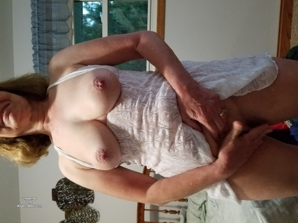 Pic #1My medium tits - Sexy Red