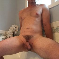 M* Hubby In Tub