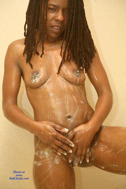 Clean nude girls black