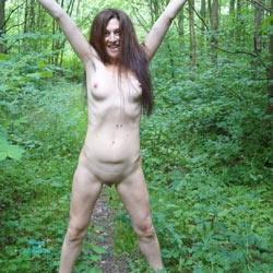Into The Woods - Nude Girls, Brunette, Outdoors, Shaved, Nature