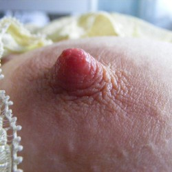 Medium tits of my wife - JAPOT - YELLOW BRA REMINDER