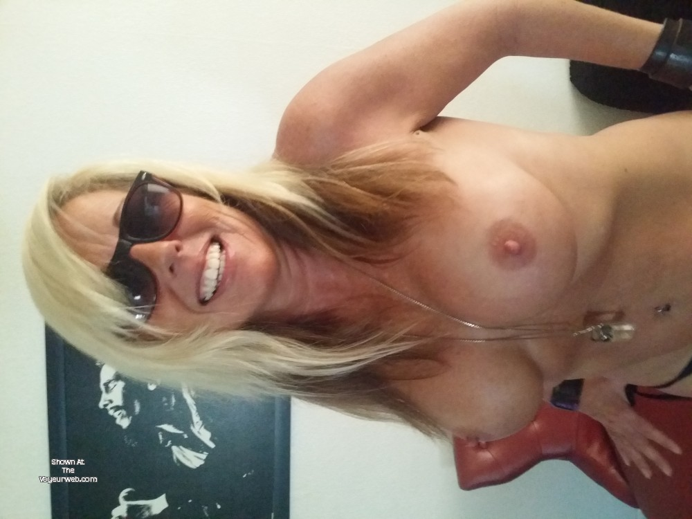 Pic #1 My large tits - Blond Milf