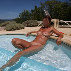 Around The Pool - Big Tits, Outdoors, Close-ups, Amateur, Nude Girls