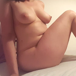 Just A Few Pictures - Nude Amateurs, Big Tits