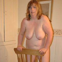 Fiona At Home - Nude Amateurs, Big Tits, Bush Or Hairy