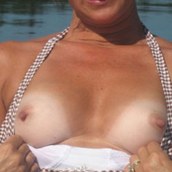 Hot Wife 52 - Wife/wives, Close-ups, Amateur