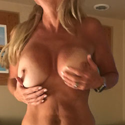 Wifey In Mexico - Wife/wives, Close-ups, Amateur