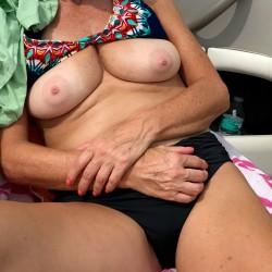 Medium tits of my wife - Kellie