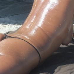 Medium tits of my wife - Beach girl