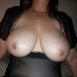 Very large tits of my wife - AverageGirl