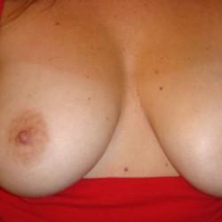 My medium tits - MyAnonymousWife