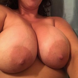 Very large tits of my girlfriend - Beach Babe