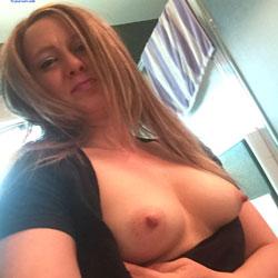 Topless - Amateur, Big Nipples