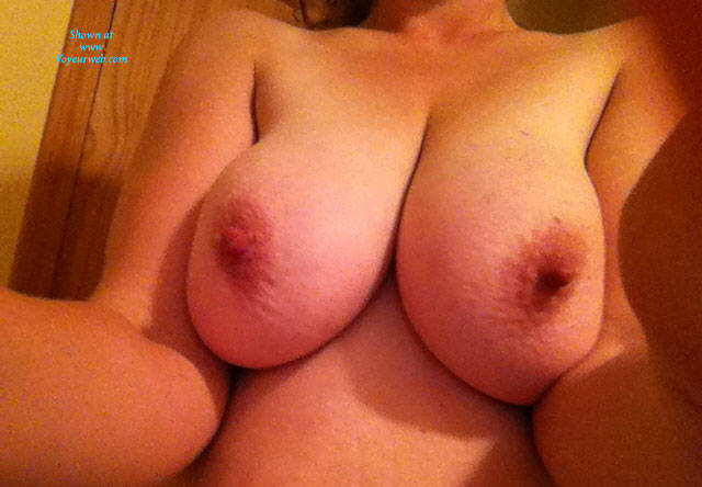 Pic #1Some New Flashes - Big Tits, Amateur