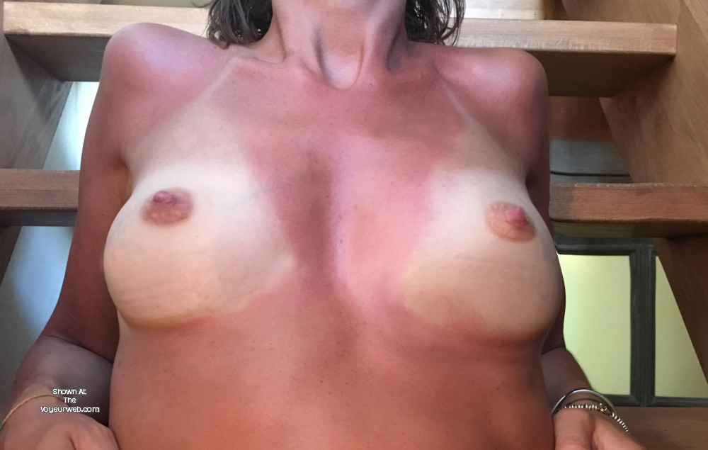 Pic #1 Medium tits of my ex-girlfriend - Cleo!