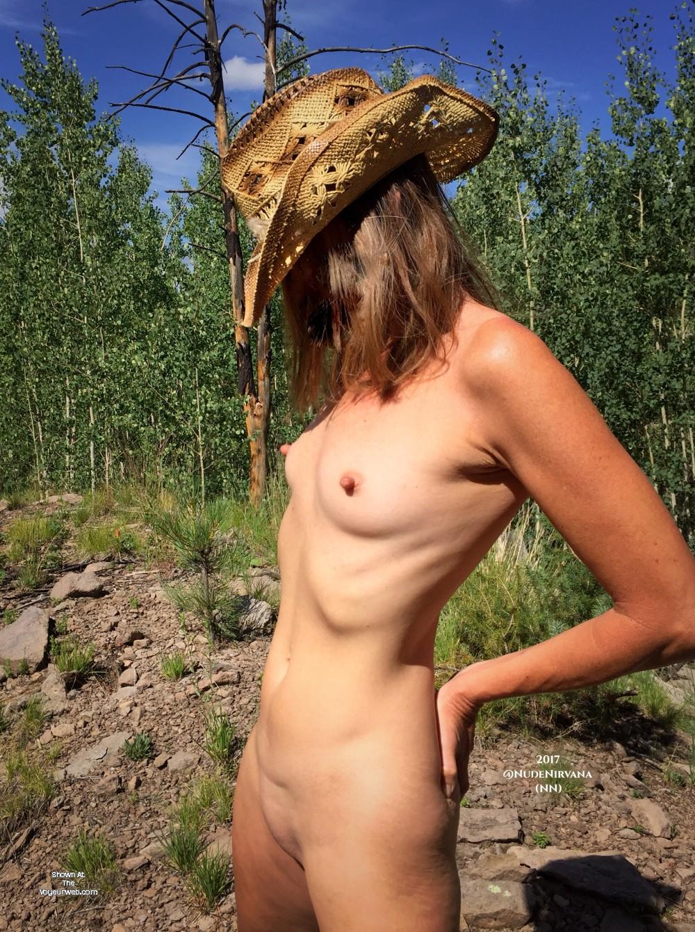 Stars Wife Naked Boobs Scenes