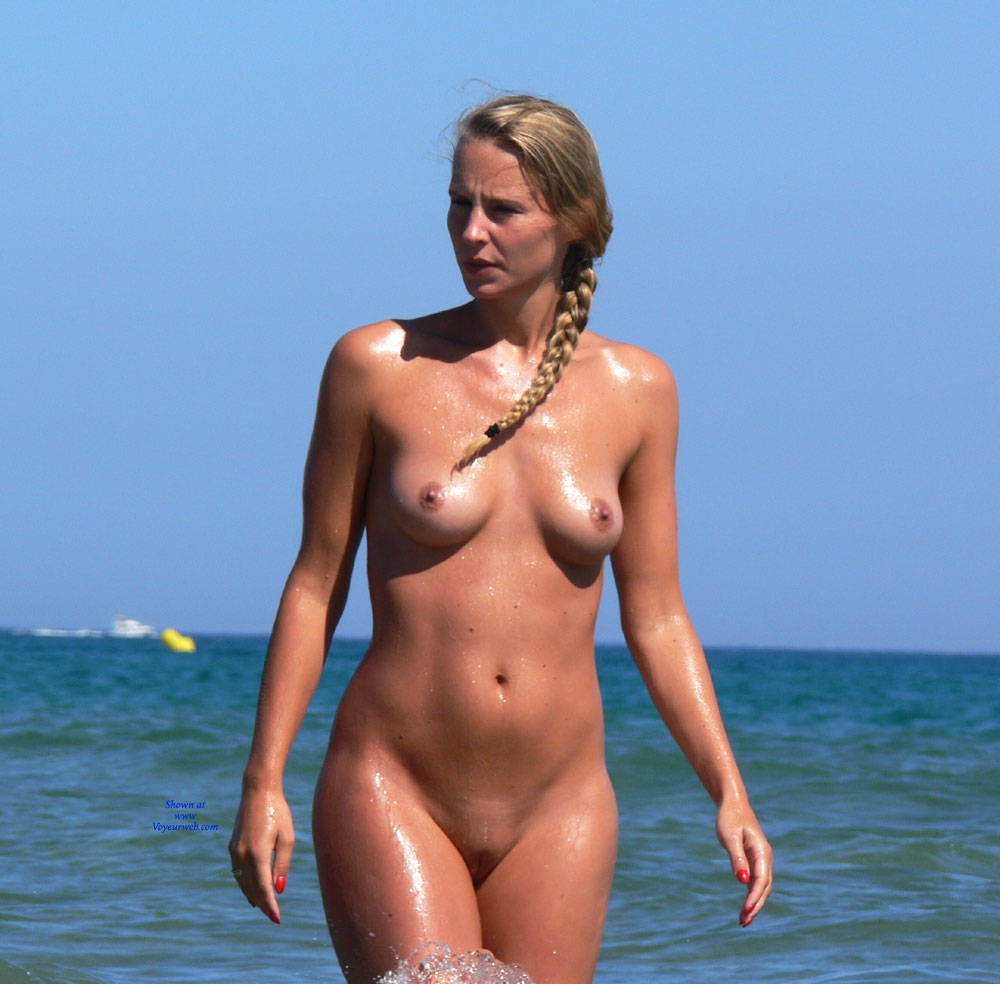 Pic #1Summer Time! - Nude Girls, Outdoors, Shaved, Beach Voyeur