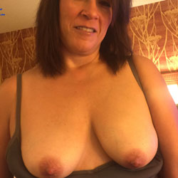 Just More Pics Of Sweet Melissa - Big Tits, Shaved, Amateur