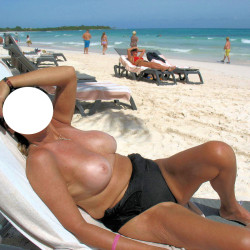 Medium tits of my girlfriend - Jackie