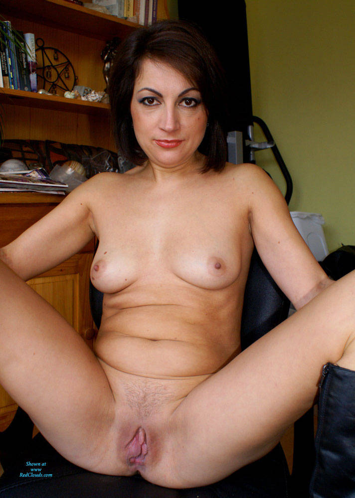 Pic #1Anna (39) Leather Skirt And Whip Part 2 - Nude Girls, Brunette, Amateur