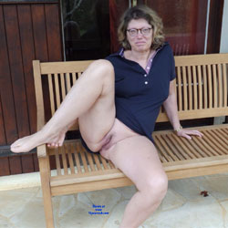 I Love To Show My Pussy - Pantieless Girls, Big Tits, Outdoors, Shaved, Amateur