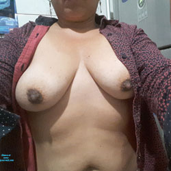Mis Pechos 2 - Big Tits, Amateur