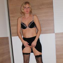 My Susi In Black!!! - Lingerie, Amateur