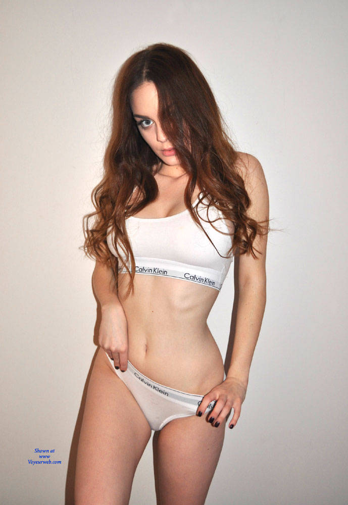 Pic #1 Sexy Body Posing - Lingerie, Amateur