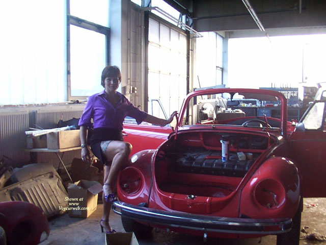 In The Car-garage , I Love My Old Red Car.<br />I Hope You Love Me.:-) And I Make You Hot.<br />Sorry For My Bed English