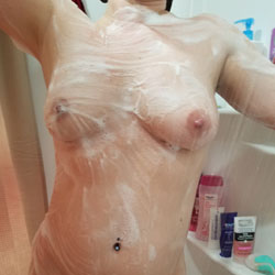Mrs Katt Shower - Nude Wives, Wet Tits, Amateur