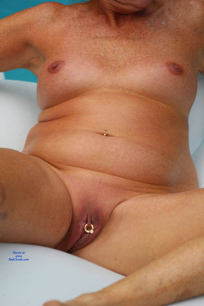 Pic #1Ms. St. Martin Around - Nude Amateurs, Penetration Or Hardcore, Shaved, Close-ups, Pussy Fucking, Body Piercings