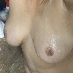 Very large tits of my wife - My lady Les