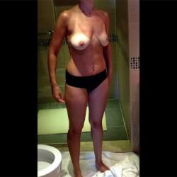 Medium tits of my girlfriend - Girlfriend