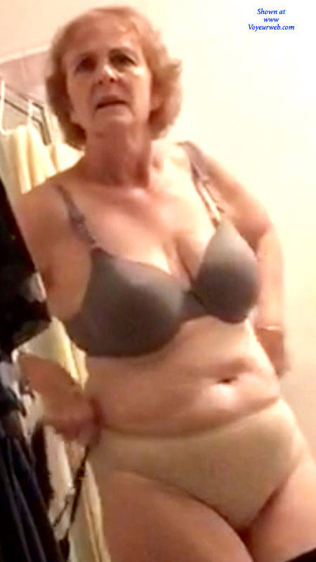 Pic #1 After Work - Topless Amateurs, Big Tits, Mature