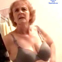 Anal pain granny