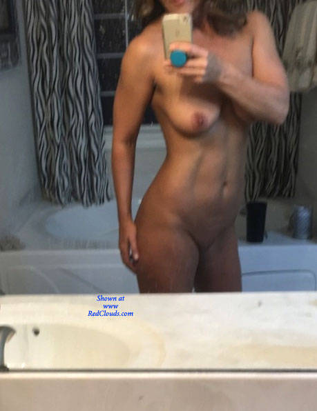 Mature cock loving woman takes it