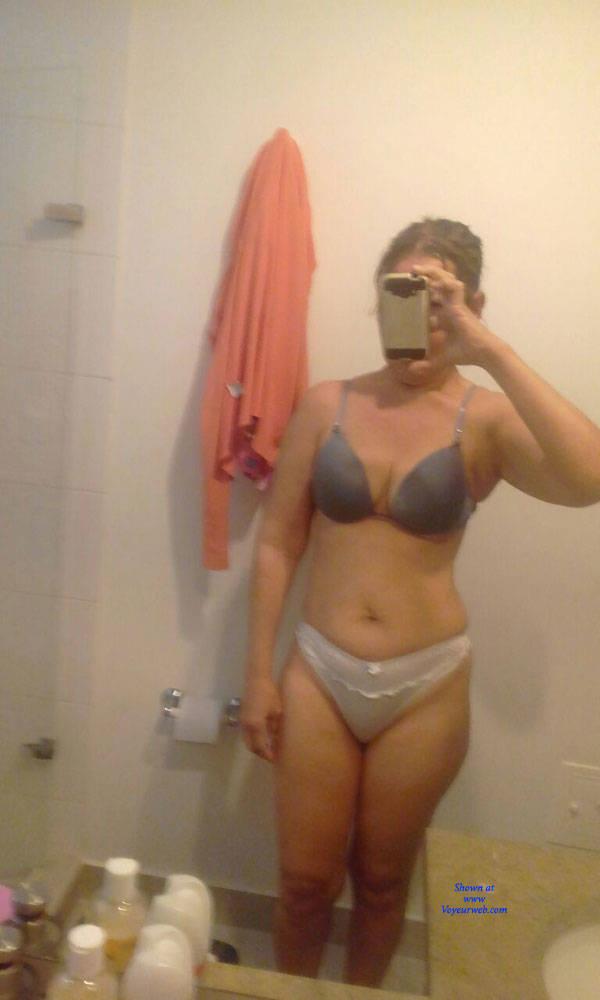 Pic #1 La Enfermera I - Big Tits, Amateur