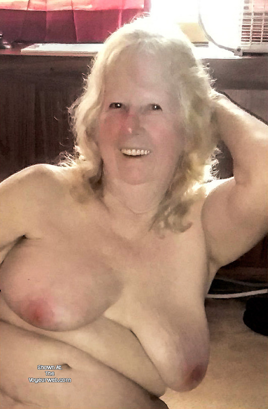 Average size perfect tits