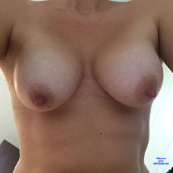 Teasing With Selfies - Big Tits, Close-ups, Pussy, Amateur