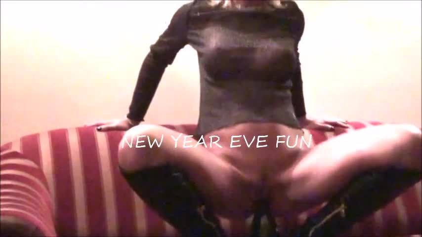 Pic #1NYE Fun - Blowjob, Girl On Guy, Penetration Or Hardcore, Pussy Fucking, Amateur, Masturbation, Wife/wives