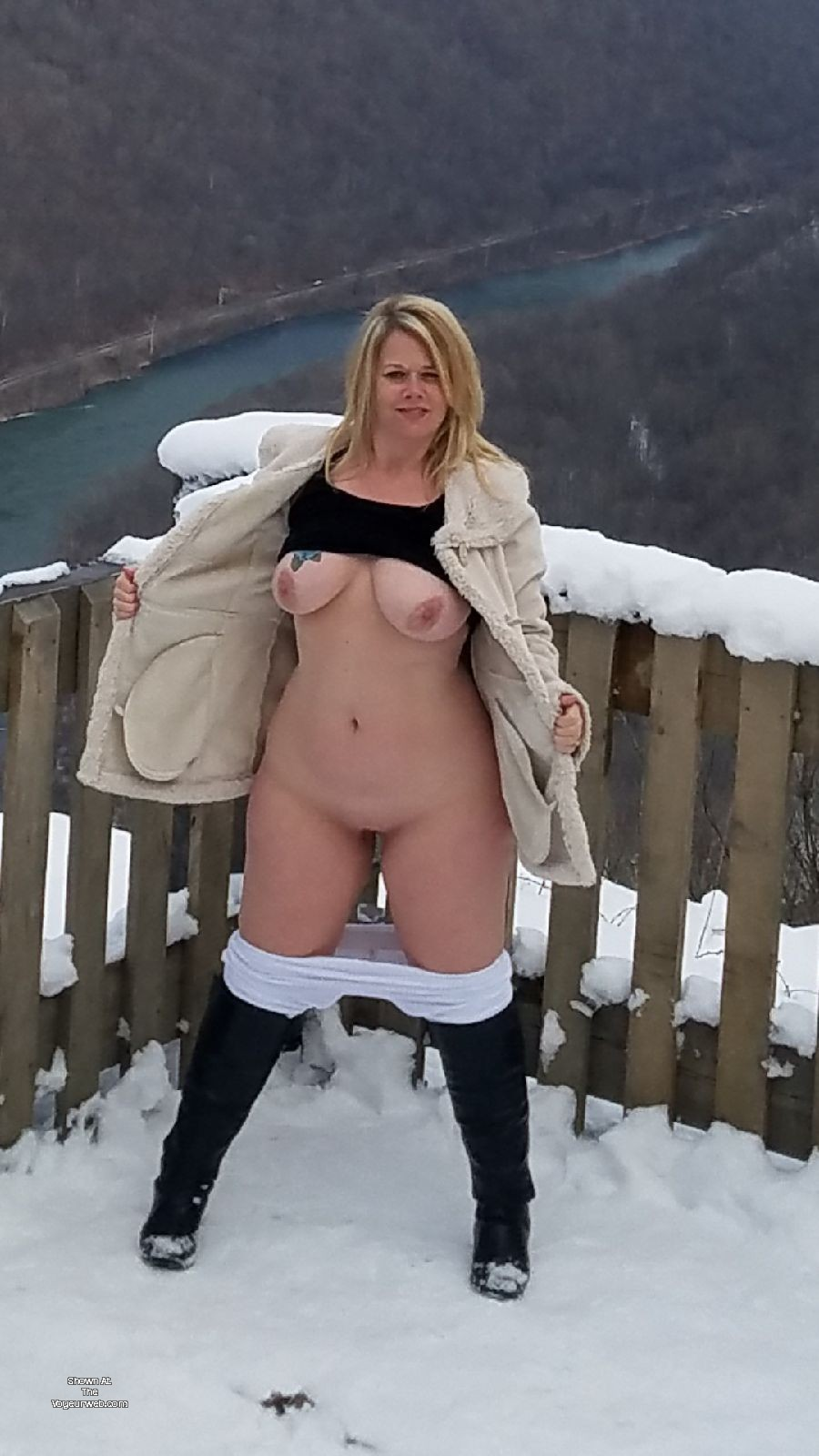 Pic #1 Large tits of my wife - Kristi