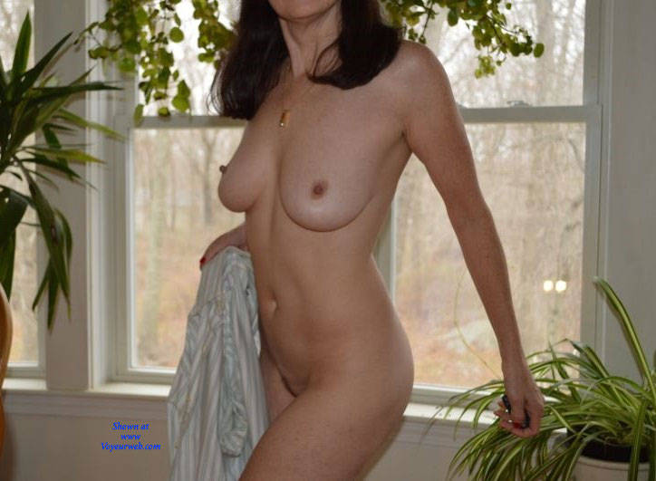 Pic #1Zeena's Early Morning - Nude Wives, Big Tits, Bush Or Hairy, Amateur