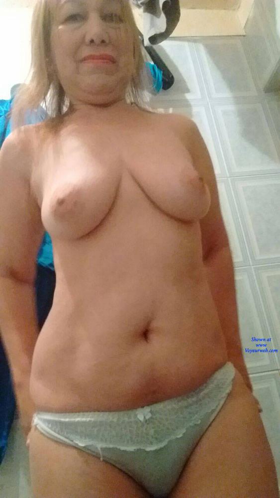 Pic #1 La Enfermera XI - Big Tits, Mature, Amateur