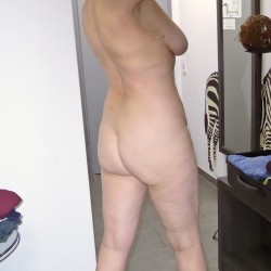 My wife's ass - Thora