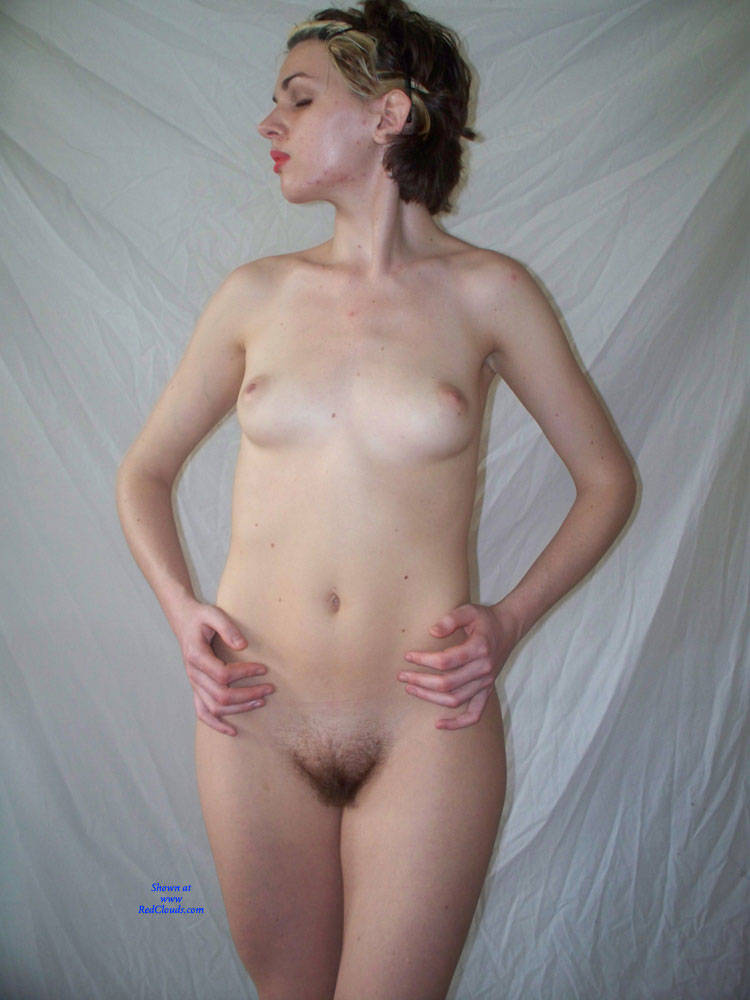 Amateurs posing nude very pity