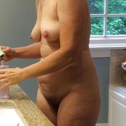 Amateur Wife Liz Nude Again - Nude Girls, Bush Or Hairy, Amateur