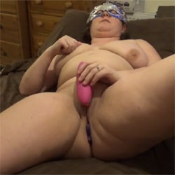 Womanizer Not Diesel Powered - Big Tits, Brunette, Masturbation, Toys, Amateur, Women Using Dildos