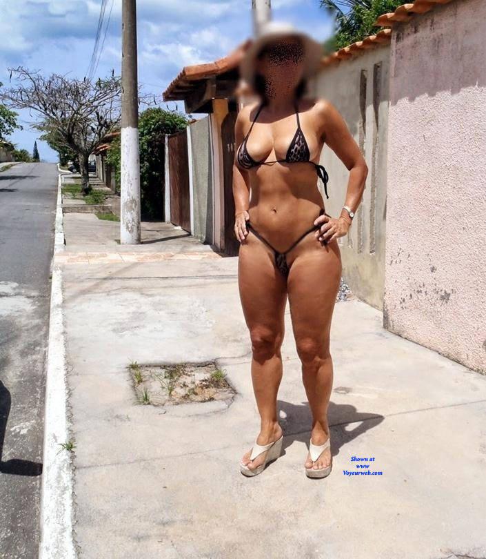 Pic #1 Edna From Recife City, Brazil - Public Exhibitionist, Outdoors, Public Place, Amateur